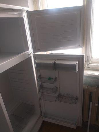 Срочна продам холодильник