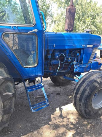Tractor Ford: 90cp