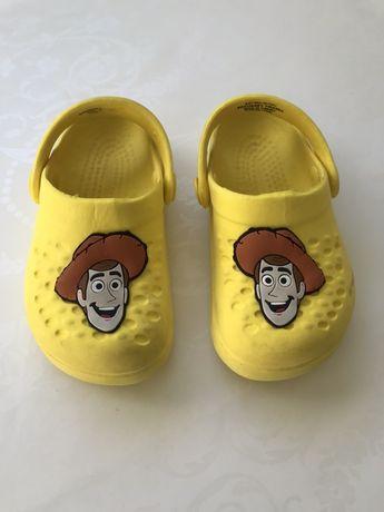 Гумени чехли - крокс и сандали LC Waikiki 23-24 номер