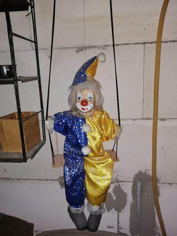 Стара карнавална, порцеланова кукла