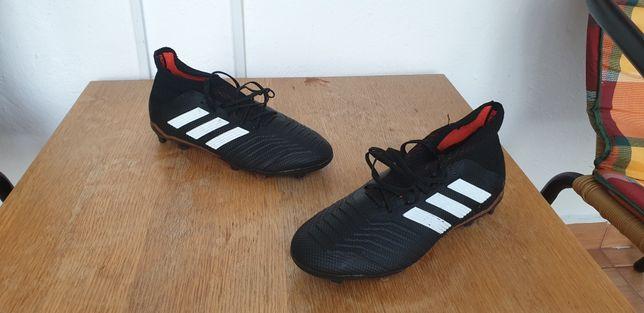 Ghete fotbal Adidas 38 1/3 (5.5 UK)