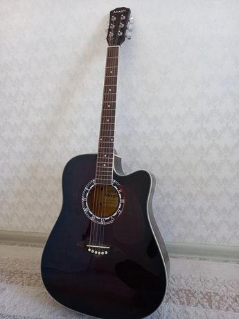 Продаеться гитара