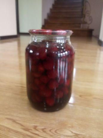 Варенье из черносливы, вишни, клубники и чёрной смородины, 1 литр