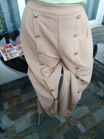 Модерен италиански панталон в актуален цвят