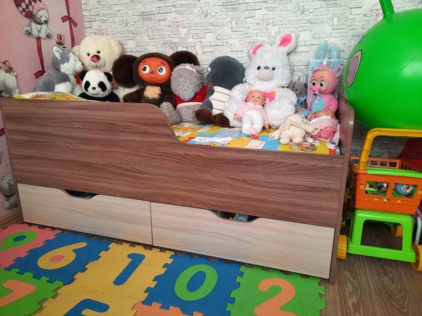 Кровать детская продам