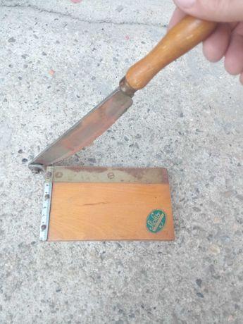 Гилотина за рязане на снимки и хартия