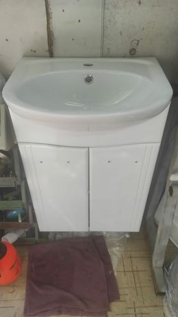 Раковина с тумбой для ванной