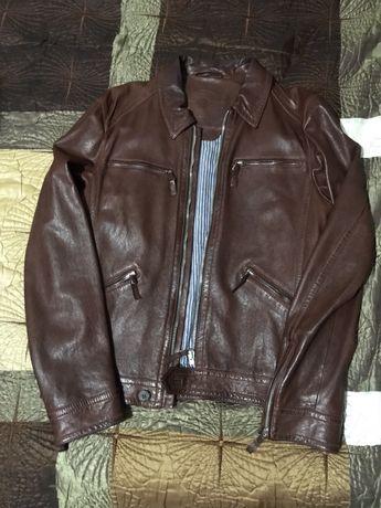 Продам срочно кожаную куртку мужскую