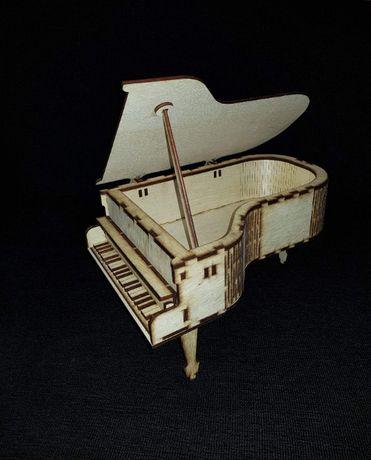 Cutiuta pentru bijuterii tip pian