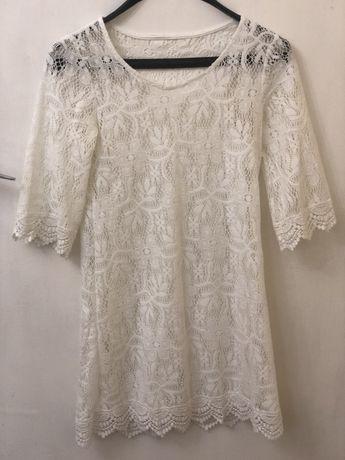 Уникална бяла рокля