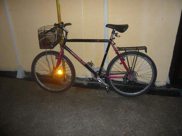 vand bicicleta germana marca WHEELER-21 viteze roti pe 26 cadru lung.