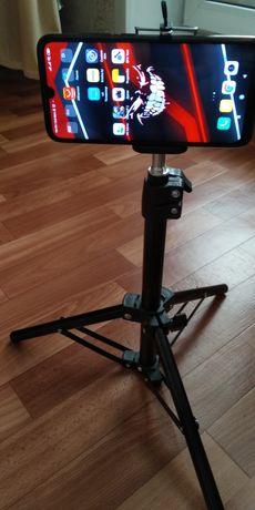 Продаю штатив для телефона современных смартфонов камер фотоаппаратов