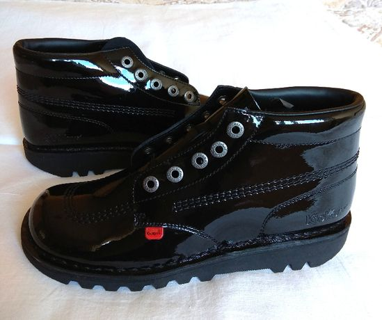 Kickers - оригинални дамски обувки (чисто нови)