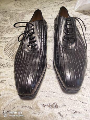 Продам туфли мужские.Размер 42-43