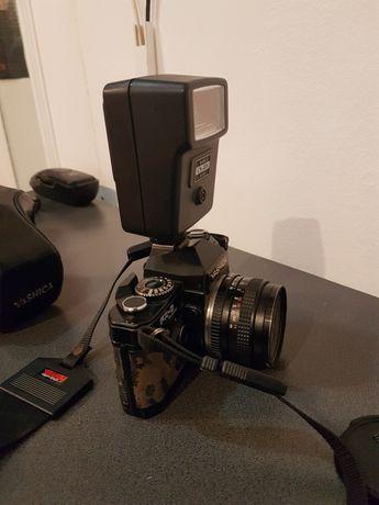 Camera foto Yashica FX-D pe montura C/Y (contax/yashica) si blitz