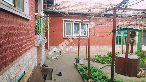 Къща, 100 кв. м, област Велико Търново, община Полски тръмбеш
