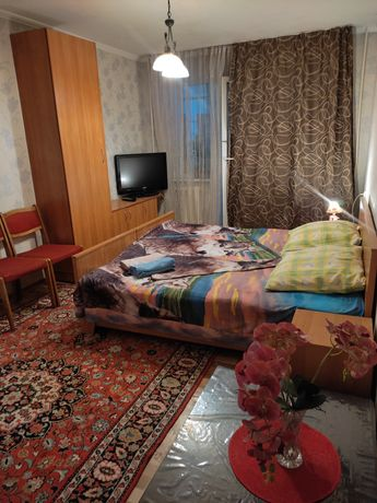 Однакомнатная квартира посуточно, почасам Абая-Саина 6 мкр 8000 ночь