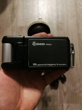 Продам авто видеорегистратор DOD900F
