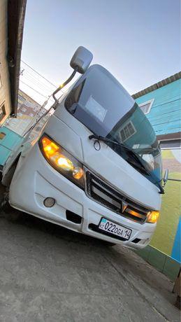 Продам автобус Dong Feng 2013