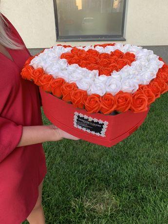 Aranajament 91 trandafiri din sapun parfumat