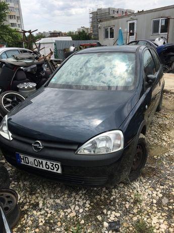 Опел Корса 1.4 16v 90кс '04г Opel Corsa