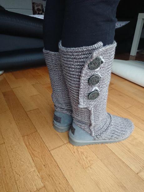UGG Cizme tricotate si imblanite nr 38