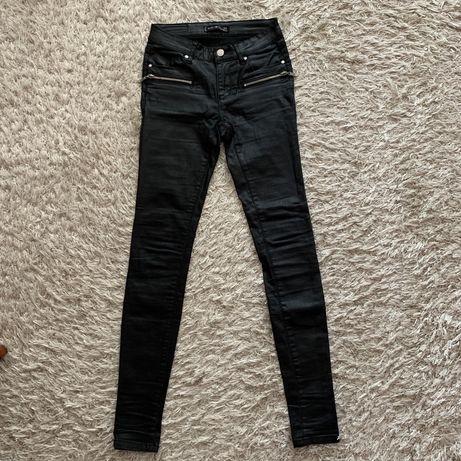 Pantaloni Amisu
