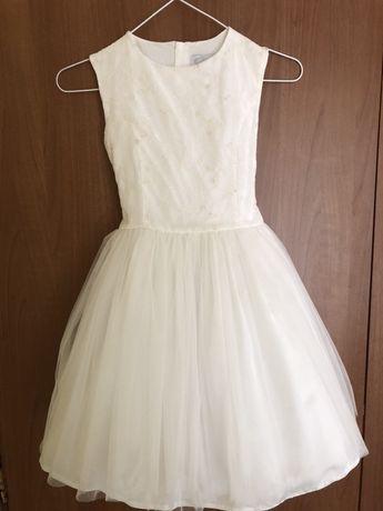 Уникално красива рокля на Unique