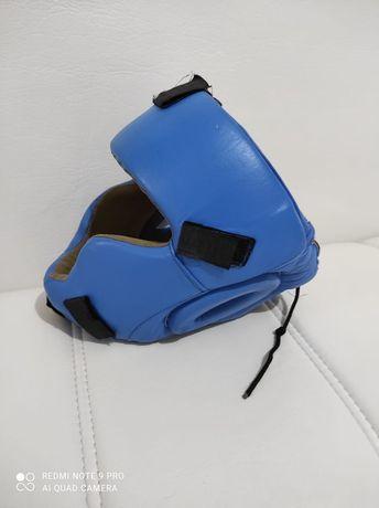 Продам шлем для каратэ на мальчика размер на 5-10лет.