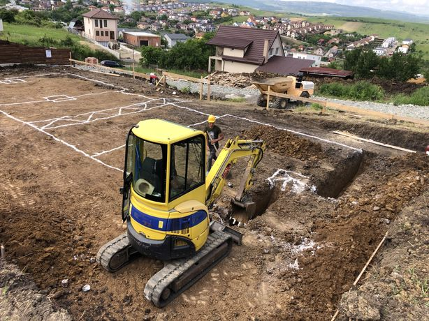 Miniescavator Inchiriez Mini Escavator/ Dumper  5tone