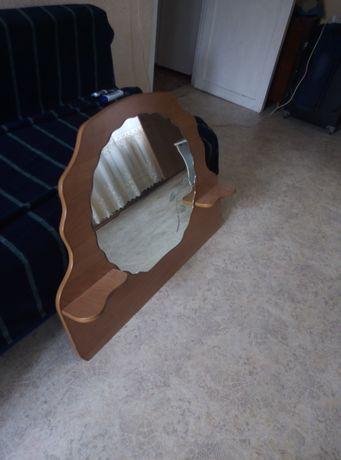 Продам зеркало в обрамлении для прихожей или ванной, либо спалье
