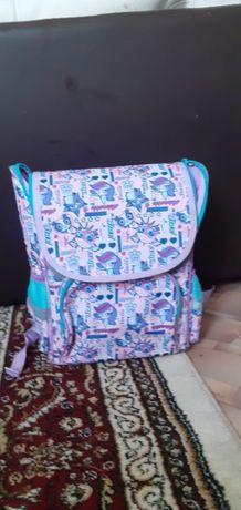 продам школьный рюкзак для девочек