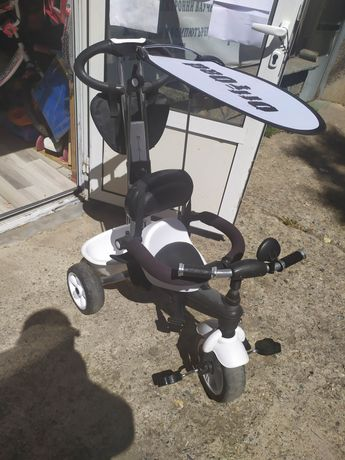 Продавам детска триколка Бертони