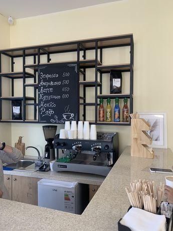 Сдается в аренду кофейня, без кофемашины, условия по телефону.