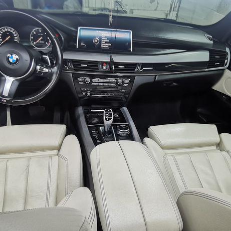 Curățare tapițeriei auto detailing interior