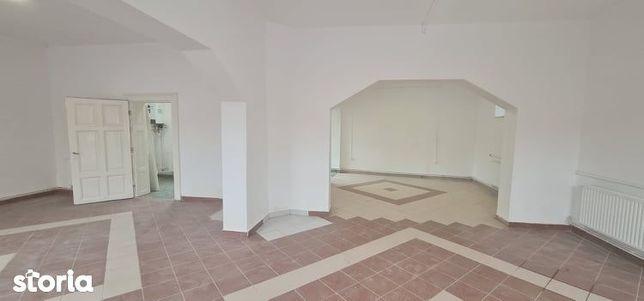 Casa / spatiu comercial de vanzare, Salonta