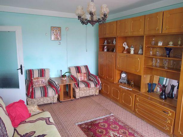 schimb aparatament confort 1  decomandat 2 camere cu casa