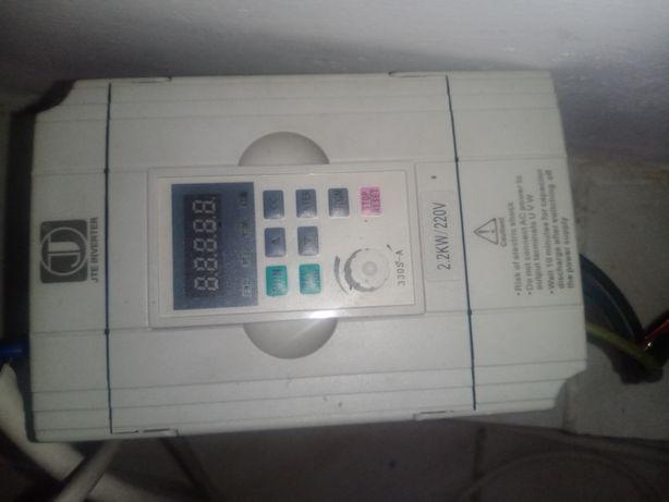 Преобразователь тока от 220Вт на 380Вт