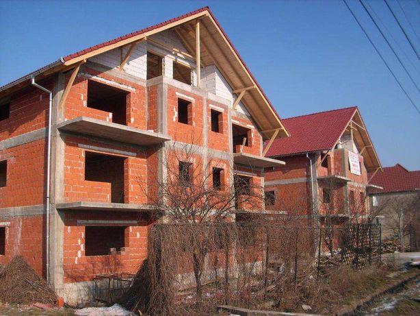Proiect imobiliar : 2 blocuri cu 24 de apartamente la rosu