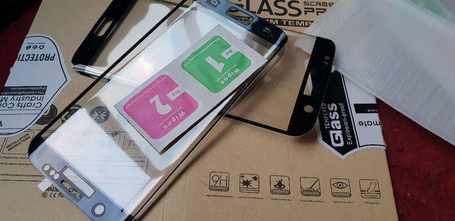 Vând 2 filme Protector-Samsung pentru S8 - S7 Edge ( NOI ) 20lei/1buc