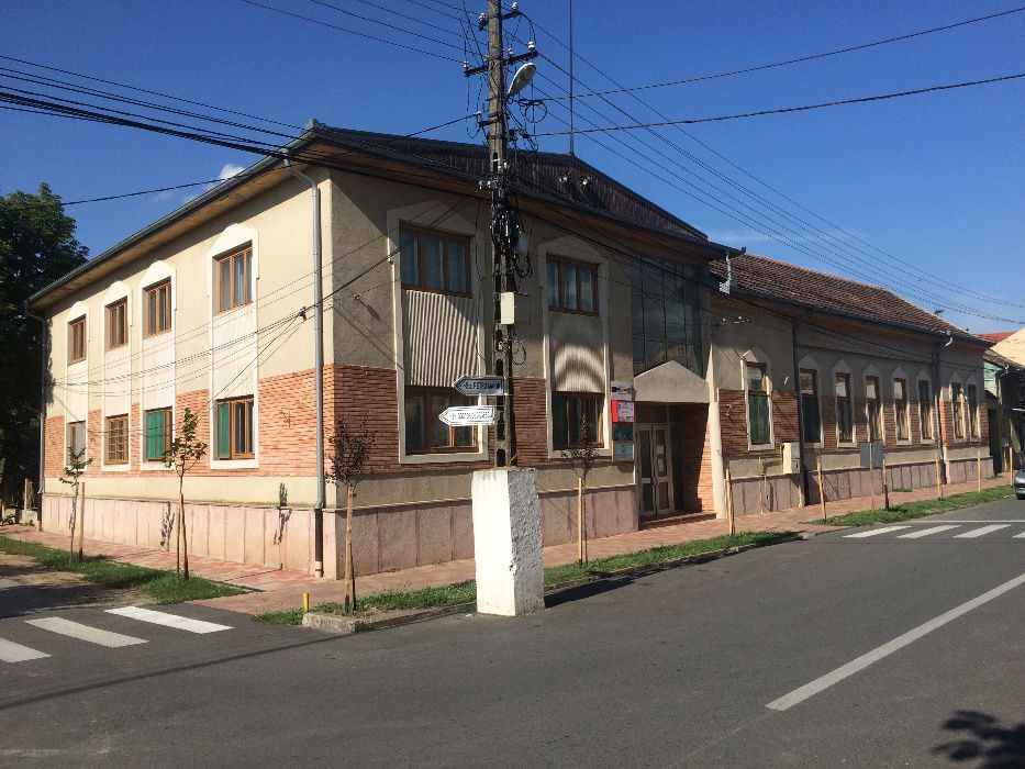 Imobil centru firma, spatiu comercial, cabinet medical, birouri, hotel