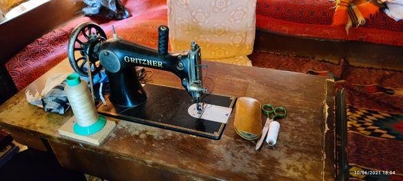 Антична шевна машина Gritzner