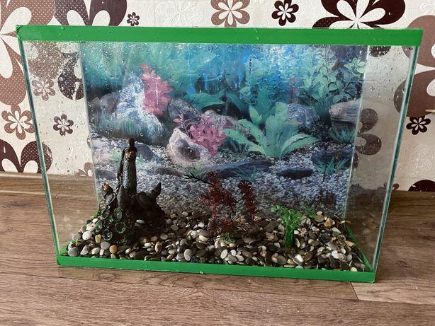 Продам аквариум на 40 литров