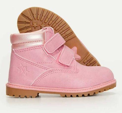 Демисезонные ботинки для девочки фирмы LS Waikiki