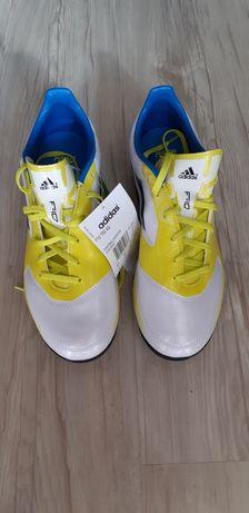 Adidași fotbal marca Adidas