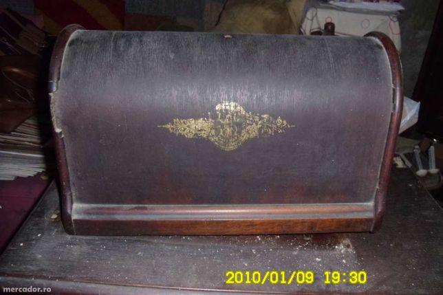masina de cusut Singer f veche