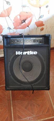 Продам комбоусилитель HARTKE 120