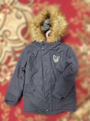 Куртка мальчиковая на 5-6 лет
