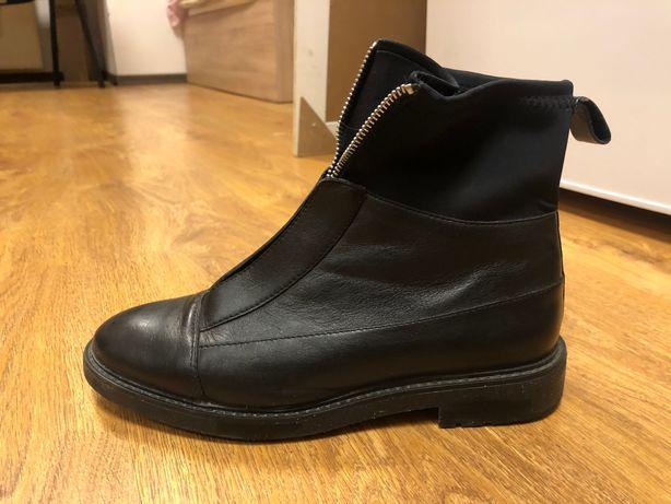 Vand pantofi Stradivarius nr 39