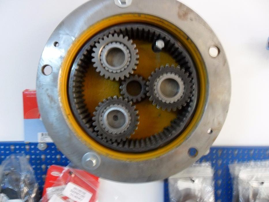 Elemente roata pinioane butuc siguranta butuc JCB 3cx 4cx Iasi - imagine 1
